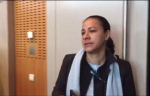 Une salariée interpelle des dirigeants d'Air France. (capture vidéo)